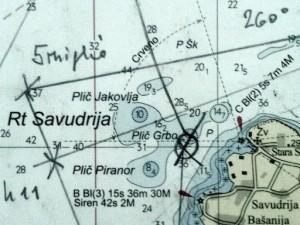 Carta nautica con appunti di navigazione.